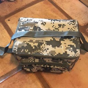 Other - 😊 5/$20 Camouflage lunch bag
